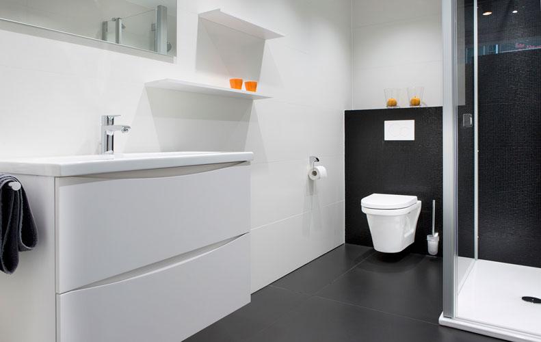 jetzt an morgen denken sie w nschen sich ein barrierefreies bad. Black Bedroom Furniture Sets. Home Design Ideas
